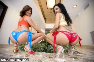 Hyuna ladyboy escorts in Corinth