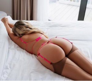 Elda adorable escorts Bonnyville